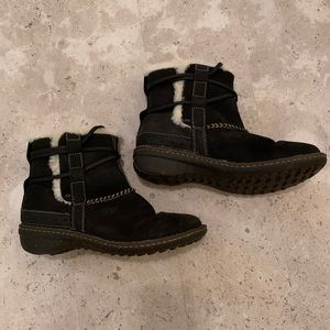 Women's Ugg Cove Boots